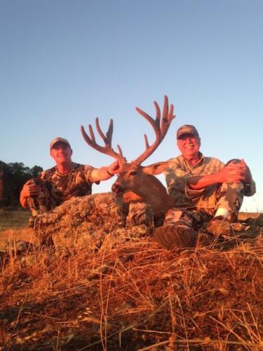 2014 deer hunting 20150129 1328457517