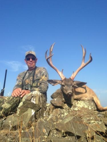 2014 deer hunting 20150129 1851715869