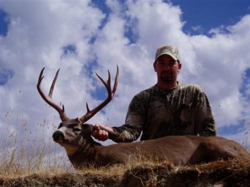 blacktail deer hunting 20100308 1289889476