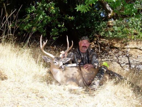blacktail deer hunting 20100308 1406498543